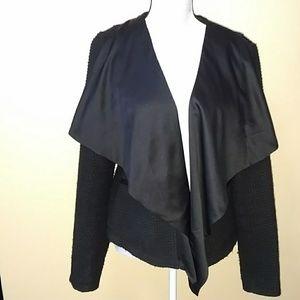 Vera Wang black textured jacket w/big satin collar